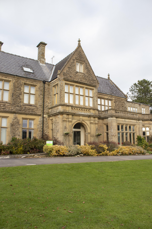 Ullenwood Manor